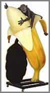 Affen m.Banane, 43x73x103cm